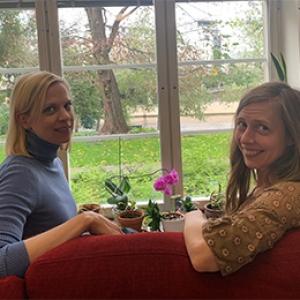 På bilden: Kaisu Bergh till vänster, Emma Lundenmark till höger