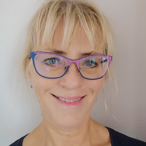 Porträttbild av Anna Östlund
